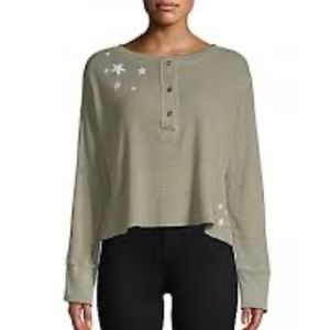 Monrow Green Waffle Knit Cropped Star Henley Top